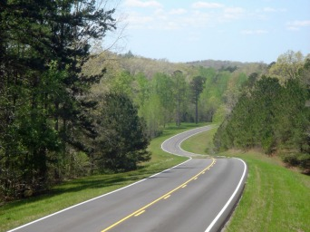 Natchez-Trace-Parkway-918x689